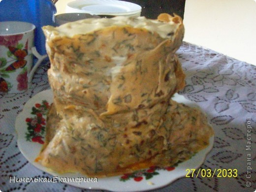 """""""Летний торт из рулетов с клубникой и жимолостью"""". Но я в него добавила сухофрукты, т.к. ягод у меня не было, но получилось вкусно. http://stranamasterov.ru/user/66262 фото 2"""
