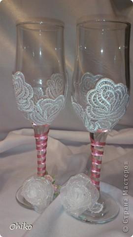 Подружке в подарок на свадьбу делаю наборчик. Вот представляю бокальчики и свечи для обряда очаг. Делаю все впервые, очень переживаю, понравится или нет.  Все вместе  фото 4