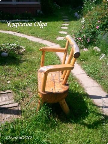 Вот такой стульчик сделал мой папа для дачи,чтоб сидеть около мангала фото 2