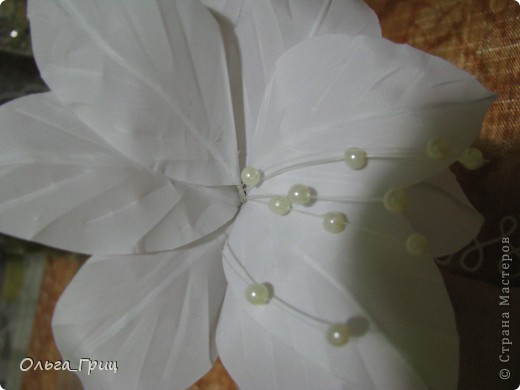 Делали цветок  для выпускного. фото 3