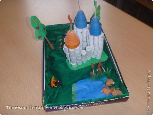 В начале учебного года мы изучали архитектуру разных эпох.  В результате появились такие работы. фото 3