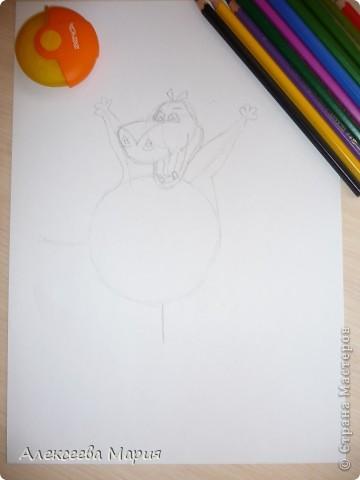 Здравствуйте! Сегодня я хочу показать, как нарисовать Глорию и мультика Мадагаскар. Как её рисовать я нашла в контакте в группе Design it! - укрась свой мир. А сегодня я сама её нарисовала)   фото 7