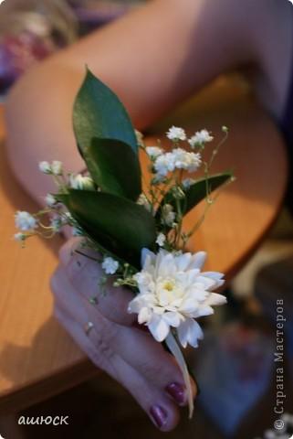 Букет невесты (хризантемы, рускус, гипсофила, портбукет) фото 2