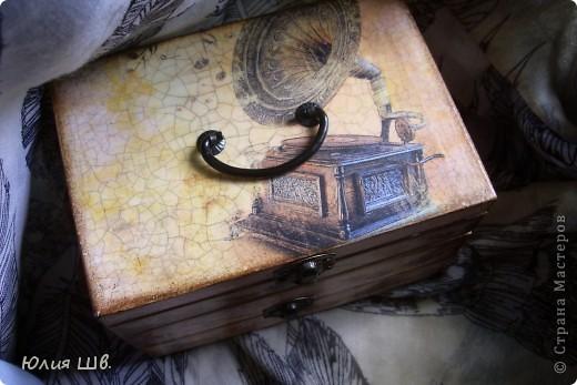 """""""Музыкальная"""" шкатулка. Деревянная заготовка, распечатки, подрисовка акрилом фото 2"""