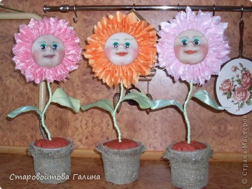 """Вот  такие цветочки  в  горшочке  я  научилась  делать.  Пользовалась  мастер-классом    Ликмы """" РИТА, РИТА, МАРГАРИТА."""" фото 1"""