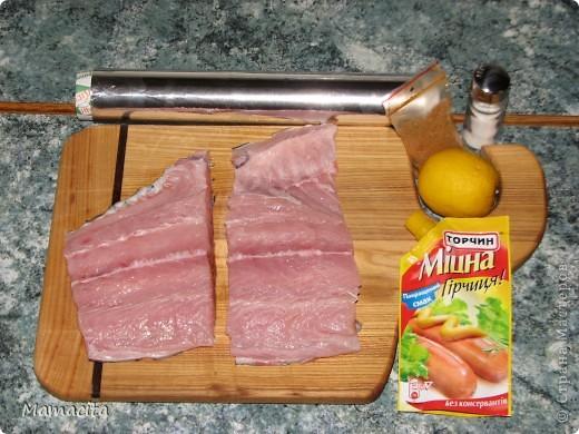 Хочу поделиться с вами рецептом запекания филе толстолобика. Это не просто вкусно! Это изумительно вкусно, и что немаловажно - очень полезно и легко (как в смысле легкой усваиваимости, так и приготовления), тем более летом! Этому рецепту меня научила наша соседка лет 20 назад. И с тех пор я очень часто готовлю рыбу по этому рецепту,  не только толстолобика, но и сома,  и судака. фото 2