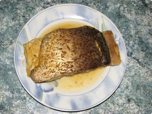 Хочу поделиться с вами рецептом запекания филе толстолобика. Это не просто вкусно! Это изумительно вкусно, и что немаловажно - очень полезно и легко (как в смысле легкой усваиваимости, так и приготовления), тем более летом! Этому рецепту меня научила наша соседка лет 20 назад. И с тех пор я очень часто готовлю рыбу по этому рецепту,  не только толстолобика, но и сома,  и судака. фото 10