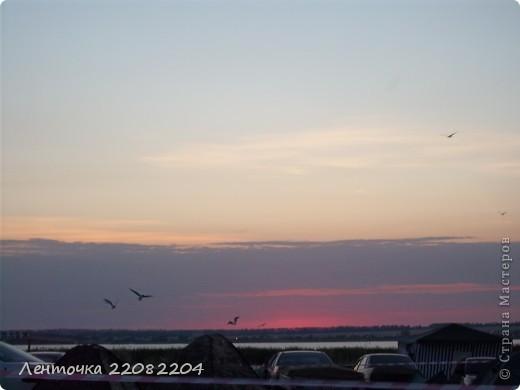 С добрым утром!А ведь оно и правда доброе!Стоило проснуться в 4 утра чтобы увидеть восход солнца!Утро было теплым,немного дул южный ветер,проснулись птицы и встали на крыло. фото 1