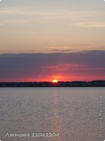 С добрым утром!А ведь оно и правда доброе!Стоило проснуться в 4 утра чтобы увидеть восход солнца!Утро было теплым,немного дул южный ветер,проснулись птицы и встали на крыло. фото 7