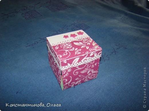 Делала коробочки нескольких видов. В первых внутри были цветы с бабочками.  фото 3