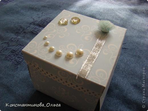 Делала коробочки нескольких видов. В первых внутри были цветы с бабочками.  фото 2