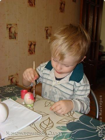 Вместе с сыном делали вот такие простые сувениры к Пасхе.  фото 8