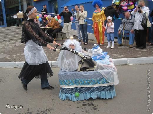 "На параде колясок мы участвовали в номинации ""Сказка"" название ""Золотая рыбка"" фото 6"