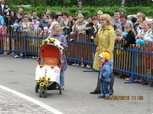 "На параде колясок мы участвовали в номинации ""Сказка"" название ""Золотая рыбка"" фото 4"