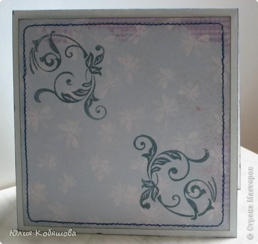 Добрый день!  Попросили меня срочно сделать две открыточки для девочки, которой на днях будет 10 лет, поэтому отложила приготовление подарков для своей Дашеньки и приступила к открыточкам для Сашеньки (так зовут девочку). В пожеланиях к открыточкам было следующее: одна голубая, другая розовая, изображение куколки, подобной которую я использовала в этой открытке http://stranamasterov.ru/node/370596, но только что бы была она в 3D и много-много цветов. Вот за вчерашний вечер родилась первая открыточка - голубая. Все, что просили, все есть: цветы, куколка, даже красивая стрекоза из бисера прилетела. За эту стрекозу хочу отдельно сказать спасибо Марине ШМыГе, эту красоту сотворила она и еще давно прислала мне, СПАСИБО Мариш!!! фото 8