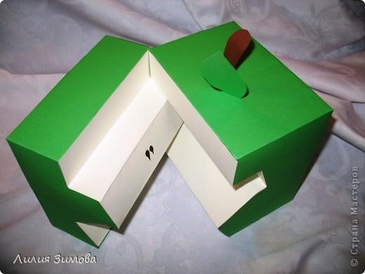 Вот такое у меня  выросло эксклюзивное яблочко для конкурса )))Размер 15*15 фото 3