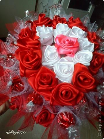 Букет -розы и конфеты фото 1