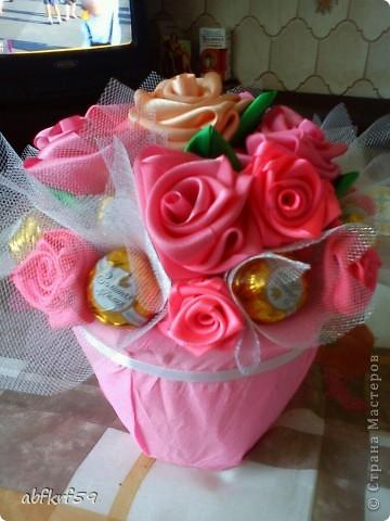 Букет -розы и конфеты фото 2