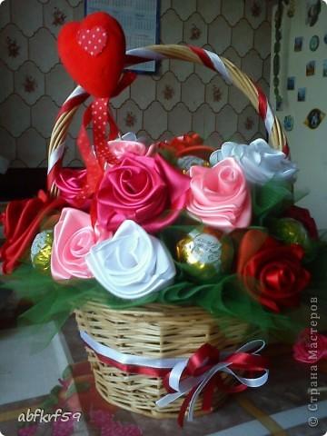 Букет -розы и конфеты фото 3