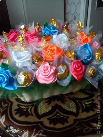 Букет -розы и конфеты фото 4