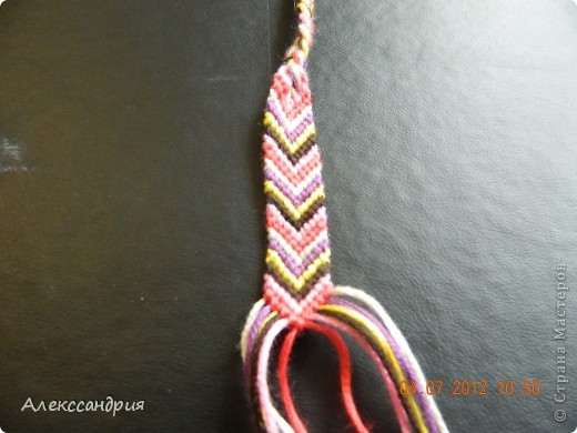 Мы  плетём  вот  такую  фенечку!!! фото 1