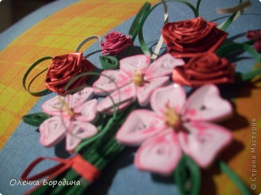 Доброй ночи уважаемые Мастера!делаю панно и вот его маленький элемент-букет цветов.Ну не удержалась я и выкладываю фото. фото 2
