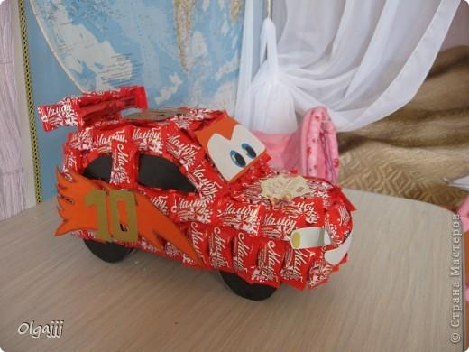 Доброго всем времени суток. Вот такую Машину Молнию МакКуин наша семья сделала в подарок. фото 1