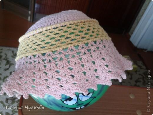 Такую красивую шапочку связала моя родная сестренка, которая и привела меня в страну мастеров, нашу мастерицу зовут Марухина Ольга. Спасибо сестренка за подарок, ее носит уже вторая моя доча. фото 2