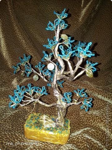 Денежное деревце получилось из остатков цветочков от дерева- подсвечника фото 1