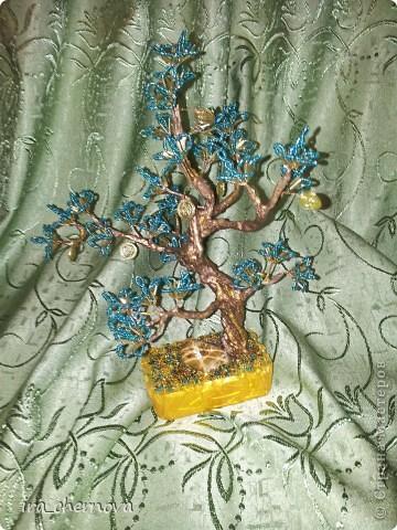 Денежное деревце получилось из остатков цветочков от дерева- подсвечника фото 2