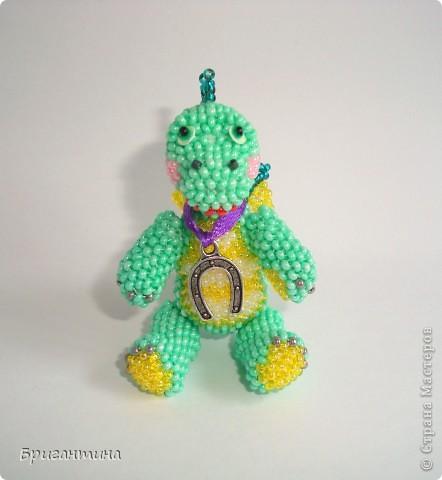 Этот дракончик отправится в г. Красноярск в качестве подарка. Надеюсь, он принесёт удачу новым хозяевам :-) МК дракончика здесь http://stranamasterov.ru/node/268451?t=451. фото 3