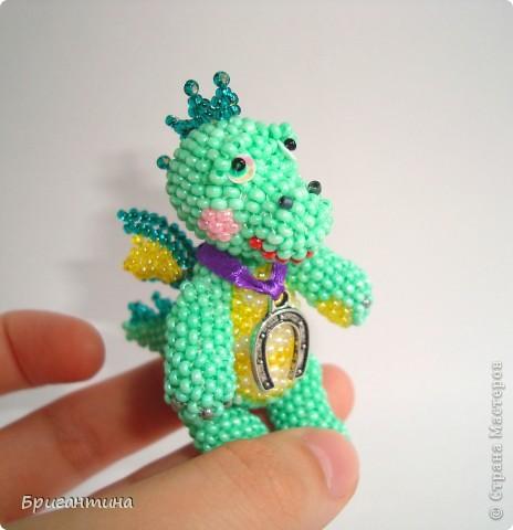 Этот дракончик отправится в г. Красноярск в качестве подарка. Надеюсь, он принесёт удачу новым хозяевам :-) МК дракончика здесь http://stranamasterov.ru/node/268451?t=451. фото 6