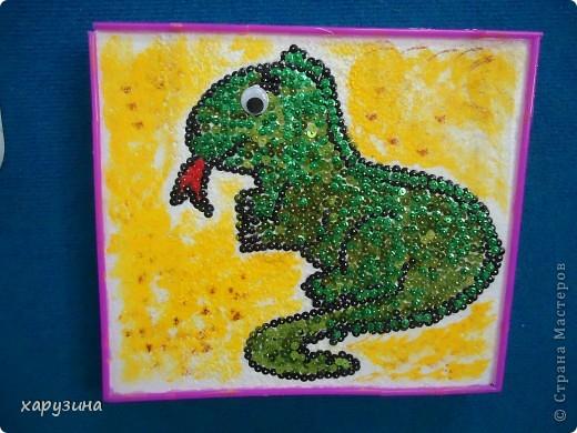 Игуана из пайеток фото 1