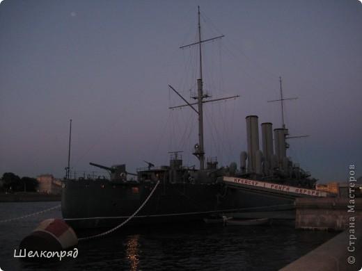 Хочу поделиться радостью! Я увидела Санкт-Петербург летом! Я уже была в Ленинграде два раза, но оба раза зимой. К тому же это было 30 лет назад. А город-то весь на воде! Только летом это можно прочувствовать. фото 7