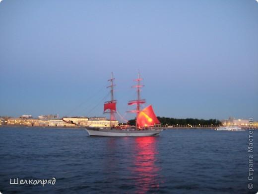 Хочу поделиться радостью! Я увидела Санкт-Петербург летом! Я уже была в Ленинграде два раза, но оба раза зимой. К тому же это было 30 лет назад. А город-то весь на воде! Только летом это можно прочувствовать. фото 11