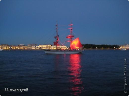Хочу поделиться радостью! Я увидела Санкт-Петербург летом! Я уже была в Ленинграде два раза, но оба раза зимой. К тому же это было 30 лет назад. А город-то весь на воде! Только летом это можно прочувствовать. фото 12