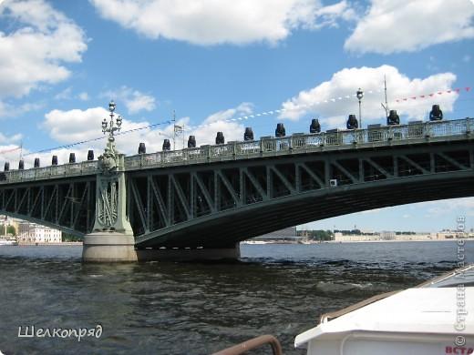Хочу поделиться радостью! Я увидела Санкт-Петербург летом! Я уже была в Ленинграде два раза, но оба раза зимой. К тому же это было 30 лет назад. А город-то весь на воде! Только летом это можно прочувствовать. фото 14