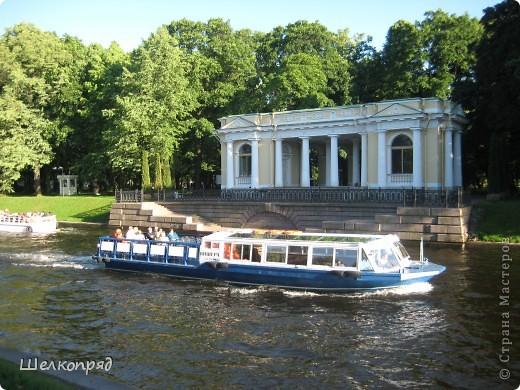 Хочу поделиться радостью! Я увидела Санкт-Петербург летом! Я уже была в Ленинграде два раза, но оба раза зимой. К тому же это было 30 лет назад. А город-то весь на воде! Только летом это можно прочувствовать. фото 31