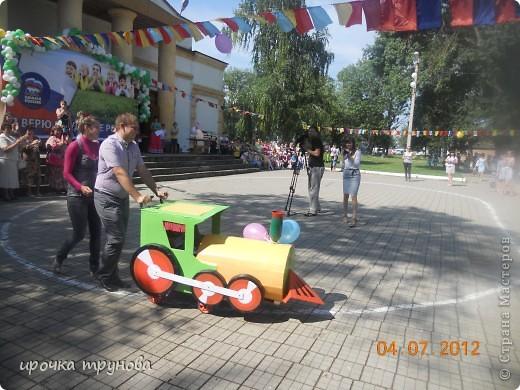 прошел парад просто на ура!!! сначала шли девочки со своими детскими колясками!! приятного просмотра!!!  фото 7