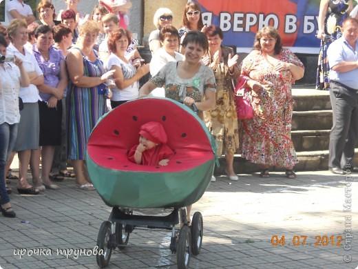 прошел парад просто на ура!!! сначала шли девочки со своими детскими колясками!! приятного просмотра!!!  фото 10