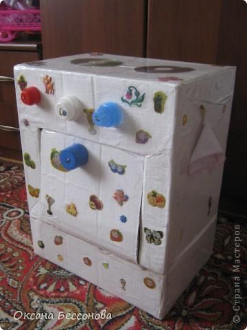 Вот такую кухонную плиту решила я сотворить для дочери из двух коробок. фото 1