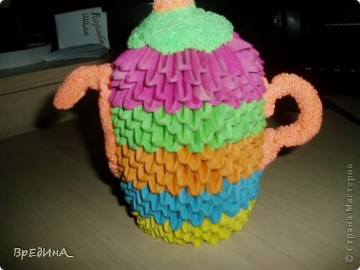 Мой чайничек из модульного оригами с крышечкой, носиком и ручкой из шарикового пластилина. фото 2