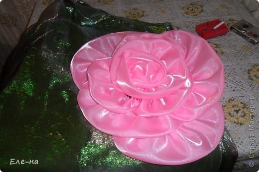 для новой коллекции театра мод понадобилось платье флоры. так как роза царица цветов решили сделать такой вот декор. фото 11