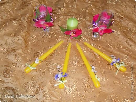 Свадьба - это праздник!!!  А к празднику готовиться - одно удовольствие. Вот сотворила для  молодых небольшой наборчик. Решила поэкспериментировать с орхидеями и фиалками.  фото 5