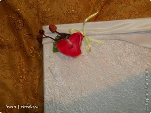 Свадьба - это праздник!!!  А к празднику готовиться - одно удовольствие. Вот сотворила для  молодых небольшой наборчик. Решила поэкспериментировать с орхидеями и фиалками.  фото 9