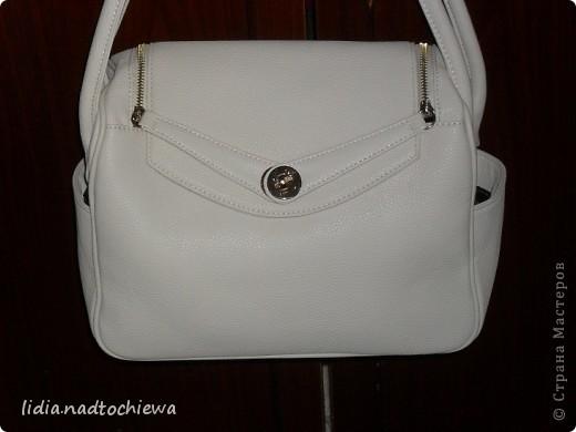 Купила новую сумку, специально выбирала белого цвета, чтоб можно было задекупажить. Идеи есть. фото 1