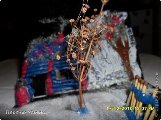 Всем здравствуйте ещё раз))Хочу показать вам работы моего братика которые он делал один или с мамой когда был ещё маленький,фотографии были сделаны гораздо позже чем были сделаны сами работы поэтому некоторые персонажи слегка помяты или немного испочканы пластилином другого цвета...начинаем фоторепортаж фото 11