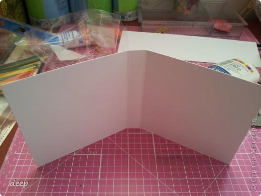 """Это мой первый мастер-класс, вернее даже просто """"репортаж"""" о том как я бысто и дешево делаю блоки для записей. Я использую для блоков разные материалы - остатки от предыдущих работ просто потому что не люблю выбрасывать ни сантиметра бумаги =) фото 9"""