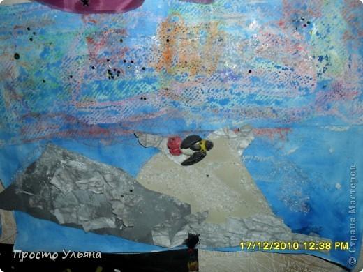 Всем здравствуйте ещё раз))Хочу показать вам работы моего братика которые он делал один или с мамой когда был ещё маленький,фотографии были сделаны гораздо позже чем были сделаны сами работы поэтому некоторые персонажи слегка помяты или немного испочканы пластилином другого цвета...начинаем фоторепортаж фото 41