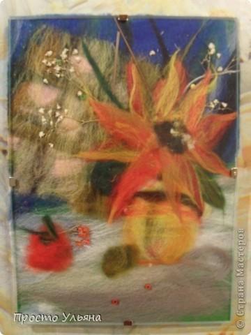 Всем привет ещё разок!! Ух и попёрло же меня сегодня :)) Теперь я хочу показать вам мои шерстяные  картины..а теперь смотрим)) Это композиция Букет тут нарцисс , василёк и какой-то непонятный полевой цветочек :) фото 5